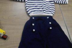 Marinière, pantalon et bonnet assorti